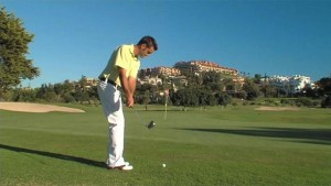 IMPROVE YOUR CHIPPING STROKE